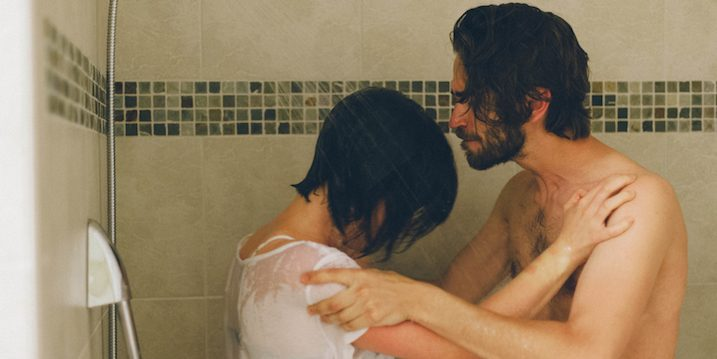 Couple-arguing-in-shower