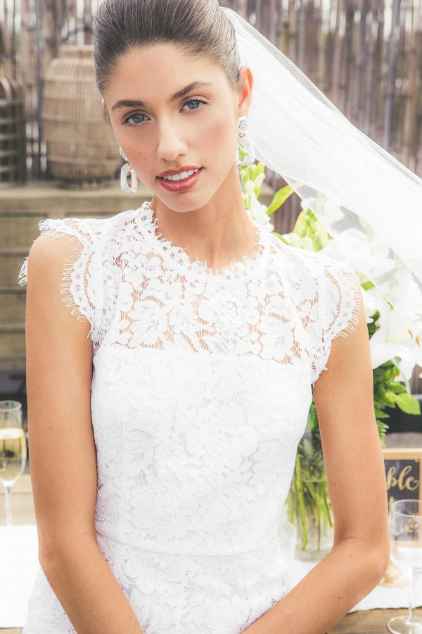 tzr-bridal-rachel-zoe-lace-wedding-dress-600x900