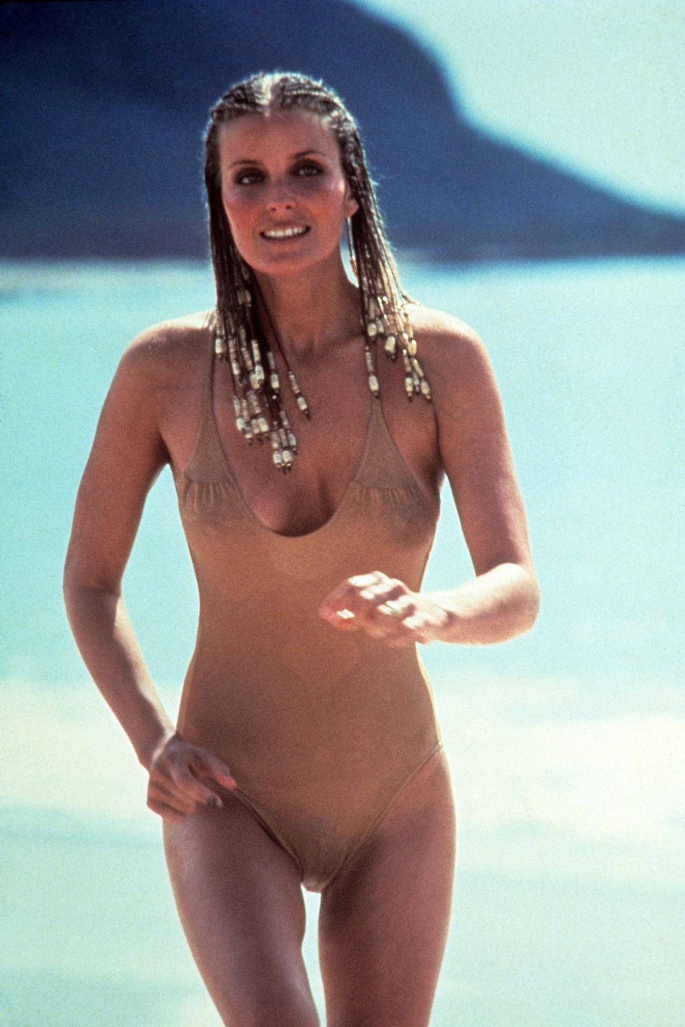 hbz-iconic-swimsuits-hbz-iconic-swimsuits-bo-derek-10-everett-collection